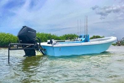 2019 24 Rogue Bay Boat